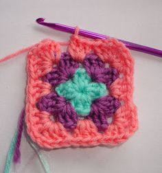 Sooz In The Shed...: Crochet Granny Square Tutorial