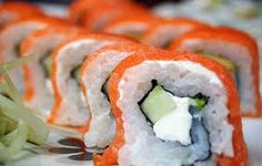 Sushi nutrition facts and nutritional information. Check the amount of calories in sushi rolls. Vegetable Smoothie Recipes, Healthy Fruits And Vegetables, Great Recipes, Healthy Recipes, Yummy Recipes, Weird Food, Sushi Rolls, Asian, Loosing Weight