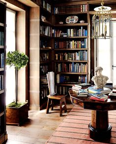 A comfortable and well-lit room...perfect for reading or day-dreaming!
