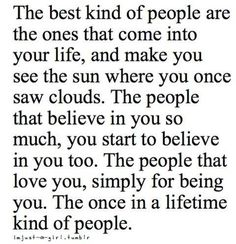 I need these kinds of people. Just a few living words and some positive reinforcement. Even the strongest of people need a hand every once in a while. Life Quotes Love, Great Quotes, Quotes To Live By, Quote Life, Awesome Quotes, Attitude Quotes, Happy Quotes, The Words, Motivational Quotes