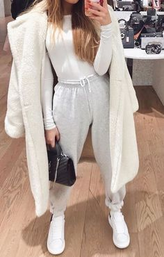 Basic Outfits, Sporty Outfits, Casual Winter Outfits, Winter Fashion Outfits, Mode Outfits, Fashion Weeks, Look Fashion, Stylish Outfits, Fall Outfits