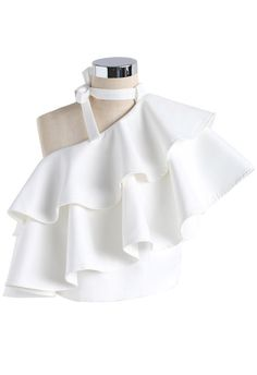 With bold, run-the-world ruffles, a neutral white hue crop top. its cutout shoulder - Oblique neckline - Tiered ruffles trimming - Concealed side zip closure - Lined - Polyester - Size(cm)Length Bust Waist XS 44 80 70 S 44 84 74 M 45 88 78 L Girls Fashion Clothes, Teen Fashion Outfits, Mode Outfits, Look Fashion, Girl Outfits, Fashion Dresses, Unique Fashion, 70s Outfits, 90s Fashion