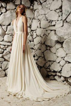 Affordable A-line Jewel Court Train Sleeveless Appliques Chiffon Beach Wedding Dresses