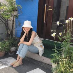 Korean Aesthetic, Aesthetic Girl, Aesthetic Clothes, Korea Fashion, Girl Fashion, Fashion Outfits, Best Photo Poses, Ulzzang Korean Girl, Ulzzang Fashion
