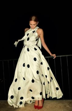 Trends Beloved by Bride Chic in 2013 – Dresses in Color and Prints
