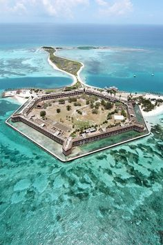 Would love to go to ALL the National Parks! (This is Dry Tortugas National Park)