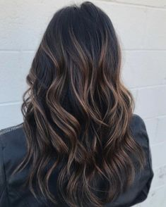 Brown balayage for black hair hair You are in the right place about brown hair fall Here we o Highlights For Dark Brown Hair, Brown Hair Balayage, Hair Color Balayage, Black Hair With Balayage, Color Highlights, Balayage Brunette Hair, Dark Highlighted Hair, Balyage On Black Hair, Brunette Highlights Summer