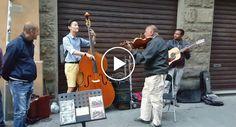 Turista Pede Para Tocar Com Músicos De Rua o Resultado é Maravilhoso
