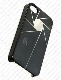 Tucano lancia le nuove custodie Click e Magico per iPhone