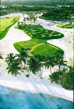 La Cana Golf Course - PUNTACANA Resort & Club, designed by P.B. Dye / diseñado por P.B. Dye