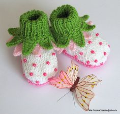 Baby booties Flowers Fairy Booties knit baby shoes by MiaPiccina
