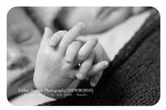 twin newborn photography...I seriously cannot take the cuteness of this picture!!