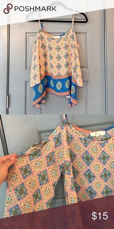 Boho Chic under the shoulder blouse Boho Chic under the shoulder blouse. Perfect Condition. Smoke and pet free home. Nabee Tops Blouses