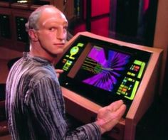 The Traveller from STNG, Wesley's aid into his new destiny that is not Star Fleet.Another great alien race.