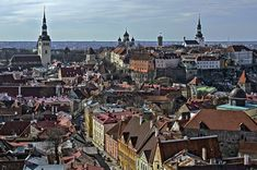 173 Viro Tallinnan vanhaa kaupunkia Olevisten kirkon t Paris Skyline, Travel, Viajes, Destinations, Traveling, Trips