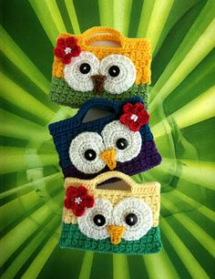 GUFI Cute Crochet Owl Purses- these are adorable~! Crochet Owl Purse, Crochet Owls, Crochet Handbags, Crochet Purses, Cute Crochet, Crochet Crafts, Crochet Baby, Hand Crochet, Crocheted Bags