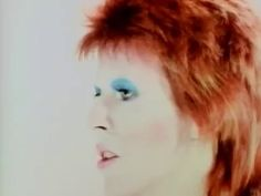 David Bowie - Life On Mars? - YouTube
