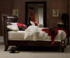 Wing Vintage Chestnut Leather Bed-on my wish list!