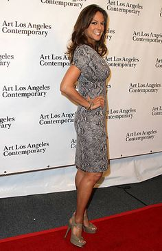 Actress Eva LaRue arrives at Art Los Angeles Contemporary Opening Night Reception on January 2011 in Santa Monica, California. Morning Message For Her, Romantic Good Morning Messages, Famous Girls, Famous Women, Make Her Smile, Girl Smile, Happy Smile, Eva Larue, Voluptuous Women