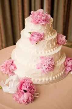Simple white cake with pink peonies, photo by 1313blog.com/sarah