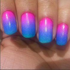 Tropical Gradient! #gradient #gradientnails #ombre #ombrenails #nailart #tropicalgradient #spongegradient #diynailart #diynails