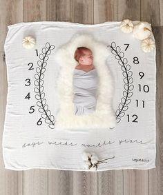 $19.99 marked down from $33! 47'' x 47'' 'Days Weeks Months Years' Wreath Milestone Blanket #baby #blanket #photoshoot #milestone #month #photographer #zulily! #zulilyfinds