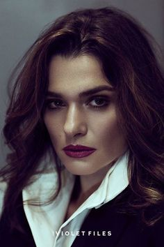 Rachel Weisz - played in Bourne Legacy as Dr. Sherrin and in real life married to Daniel Craig - 007 Spectre film Daniel Craig, Craig 007, Westminster, Rachel Weisz, Teresa Palmer, Jessica Chastain, Kate Winslet, Girl Crushes, London