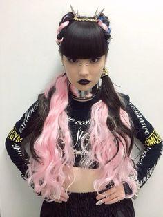 "tokyo-fashion: ""SHIMA×AMBUSHステージはこーんなスタイリングになりました (via Akimoto_Kozue) """