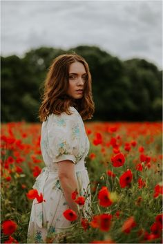 Beautiful Poppy Fields- Fashion and Bridal Inspiration… Light & Nature. Whimsical portraits by Jamie Sia Photography as featured on Mr & Mrs Unique www.mrandmrsunique