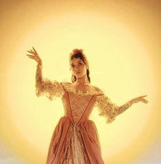 Melanie Martinez Brasil, Melanie Martinez Dress, Only Melanie, Princess Cadence, Crazy People, Cry Baby, Her Music, Adele, Music Artists