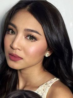 Graduation should be celebrated as the day of success, a long and challenging process. The result of many years of … Nadine Lustre Makeup, Nadine Lustre Fashion, Nadine Lustre Ootd, Beauty Makeup, Hair Makeup, Hair Beauty, Makeup Style, Makeup Tips, Lisa Soberano
