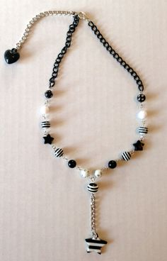 Black and White Beaded Star Necklace by deadlysugar on Etsy, $15.00