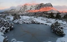 Cradle Mountain snowy dawn - image by Australian photographer Grant Dixon Winter Hiking, Winter Travel, Photography Basics, Travel Photography, Dawn Images, Cool Pictures, Cool Photos, Take Better Photos, Tasmania