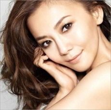 Tomomi Kahara - Japanese singer