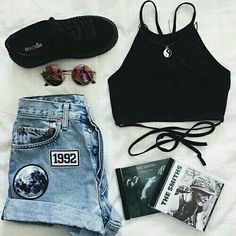 Shop for trendy swimwear, clothing and accessories for women at affordable prices Tumblr Outfits, Grunge Outfits, Grunge Fashion, Look Fashion, Teen Fashion, Casual Outfits, Girl Outfits, Fashion Outfits, Hipster School Outfits