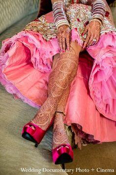 Indian bridal henna and shoes Wedding Mehndi, Sikh Wedding, Bridal Henna, Punjabi Wedding, Mehndi Party, Wedding Night, Bridal Mehndi Designs, Mehandi Designs, Tattoo Designs