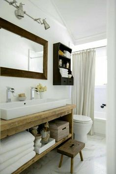 Rustic Custom Vanity Bathroom, Powder Room Dallas - Home Dekor Modern Country Bathrooms, Rustic Bathrooms, Modern Farmhouse, Modern Rustic, Rustic Style, Farmhouse Style, Small Bathrooms, Cottage Bathrooms, Country Style