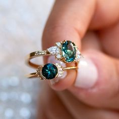 Moissanite engagement ring women vintage ovalrose gold antique Halo Cluster wedding Flower bridal Jewelry Anniversary Gift for her - Fine Jewelry Ideas Cute Jewelry, Wedding Jewelry, Jewelry Accessories, Cute Rings, Pretty Rings, Bling Bling, Pear Shaped Diamond, Turquoise, Street Style