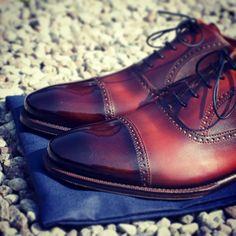 #yanko #buty #butyklasyczne #obuwie #shoes #shoeshine #style #stylish #patyna #patynowanie #patynacja #patina #patine #saphir