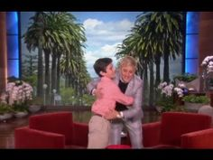 Peyton Robertson invented a way to make your golf game better! Watch the clip from the Ellen DeGeneres Show to learn more. Ellen Degeneres Show, Inventors, Money Matters, Fun Games, Discovery, Entrepreneur, Wheels, Challenges, Golf