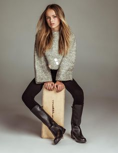 Kristina Pimenova Source by pinkynymph Fashion Kids, Preteen Fashion, Girl Fashion, Young Models, Child Models, Teen Girl Outfits, Kids Outfits, Kristina Pimenova 2016, Mädchen In Leggings