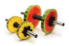 A nutrição desempenha um papel vital na saúde e na performance dos desportistas. Se pratica desporto e pretende melhorar a sua composição corporal, este artigo é para si.