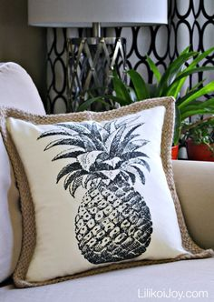 25 Pineapple Inspired Projects