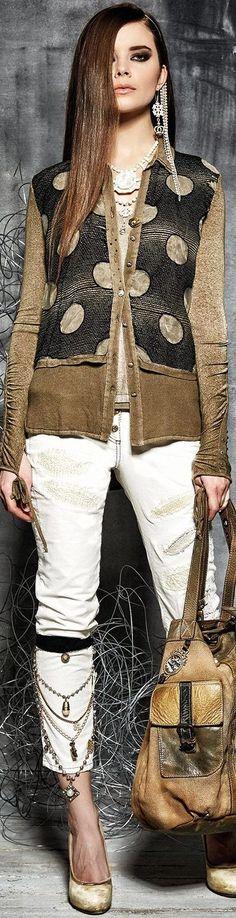 Elisa Cavaletti Fall • Winter 2015-16  • тнє LOOK BOOK •  ✿ιиѕριяαтισи❀  • Babz ✿ #abbigliamento