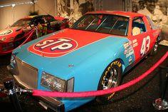 1981 Daytona 500 Petty in a Buick Richard Petty, King Richard, Indy Car Racing, Indy Cars, Nascar Costume, Nascar Racers, Daytona 500, Vintage Race Car, Buick