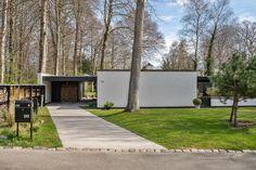 Dream Home Design, House Design, Mid-century Modern, Modern Homes, Modern Architecture, Villa, Bungalow, Facade, Brick