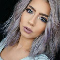 Feelin' Electric - The Prettiest Pale and Nude Lipsticks - Photos Grey Hair Wig, Purple In Blonde Hair, Grey Hair Treatment, Lavender Hair, Pixie Bob, Ombre Hair Color, Pastel Hair, Silver Hair, Wig Hairstyles