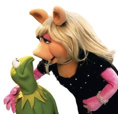 Kermit and Piggy- Almost Kissing.