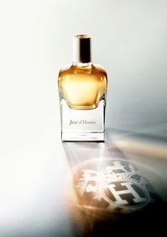 "Jour d'Hermès by perfumer Jean-Claude Ellena, ""a delicate vignette of floral notes that unravels into the drydown of musk"". #Hermès #beautiful"