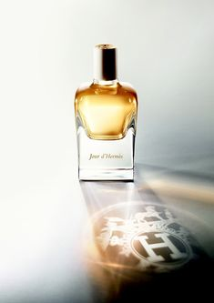 "Jour d'Hermès by perfumer Jean-Claude Ellena, ""a delicate vignette of floral notes that unravels into the drydown of musk"". #Hermès #beautiful"